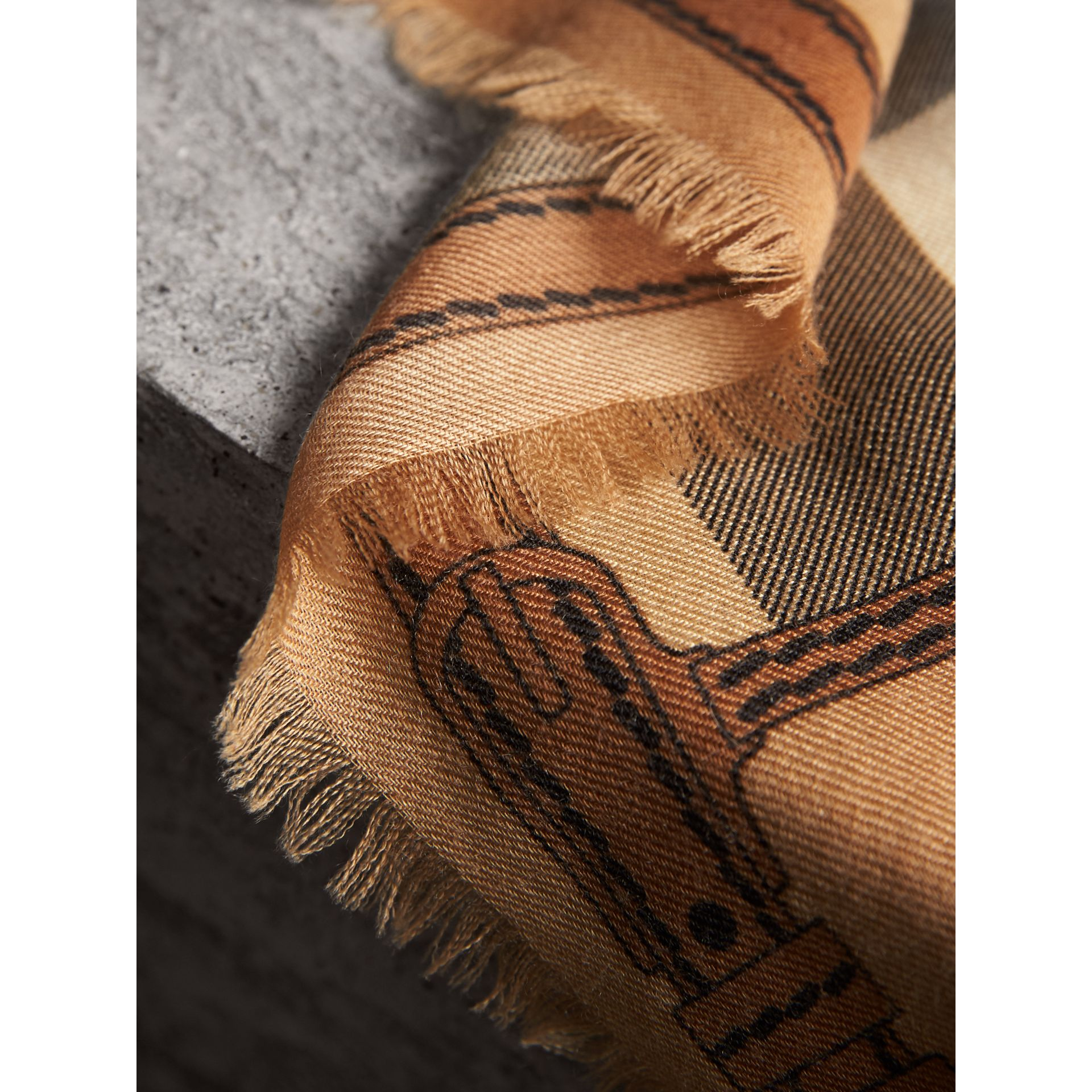 Contrast Border Horseferry Check Cashmere Scarf in Camel - Women | Burberry Canada - gallery image 2