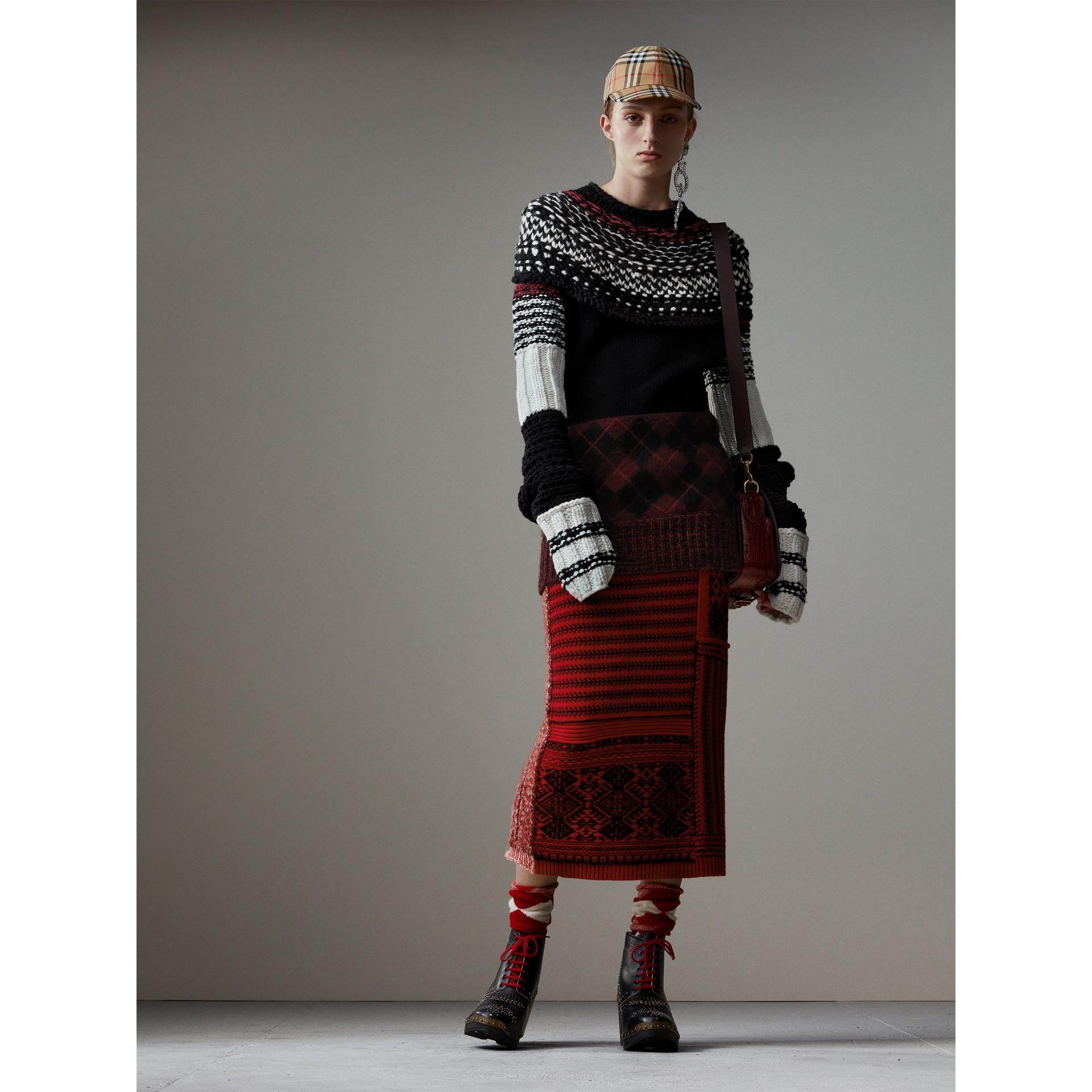 Strickrock aus Wolle und Kaschmir mit Zopf- und geometrischen Mustern (Rot/schwarz) - Damen | Burberry - Galerie-Bild 5
