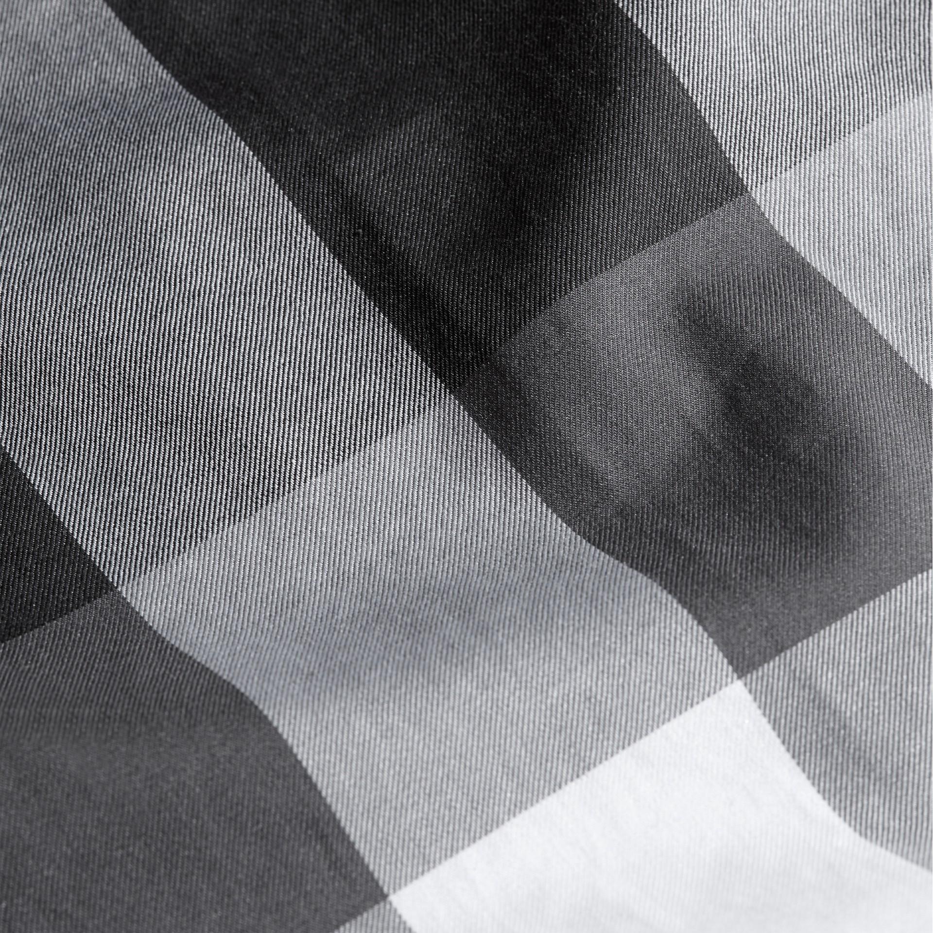 Noir Chemise en coton à motif check Noir - photo de la galerie 2