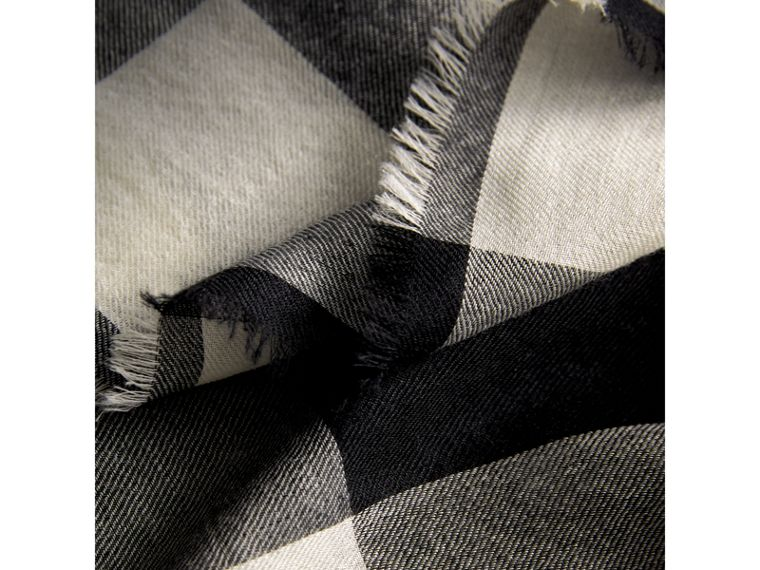 Lightweight Check Cashmere Scarf in Black | Burberry - cell image 1