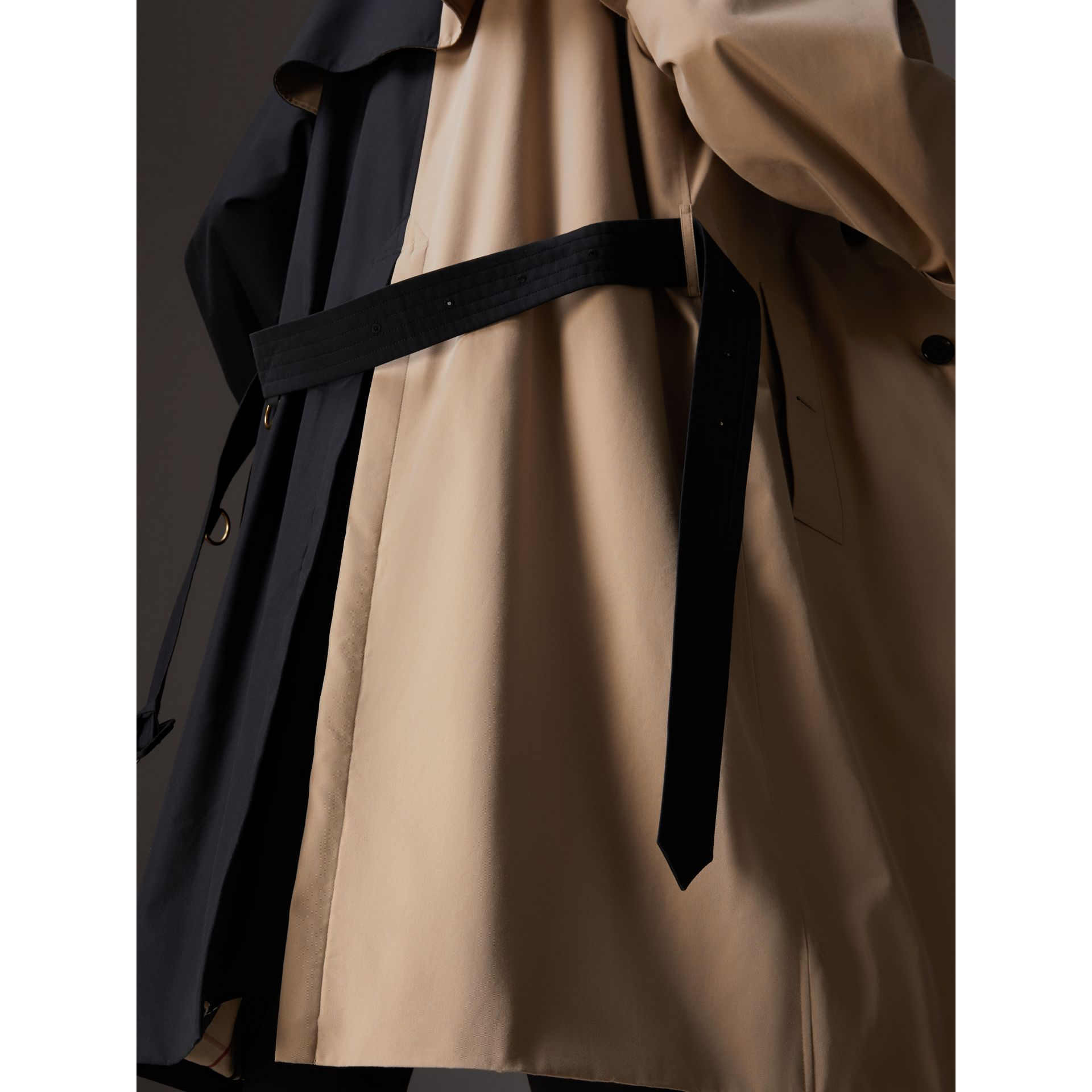 Gosha x Burberry Two-tone Trench Coat in Honey | Burberry United Kingdom - gallery image 6