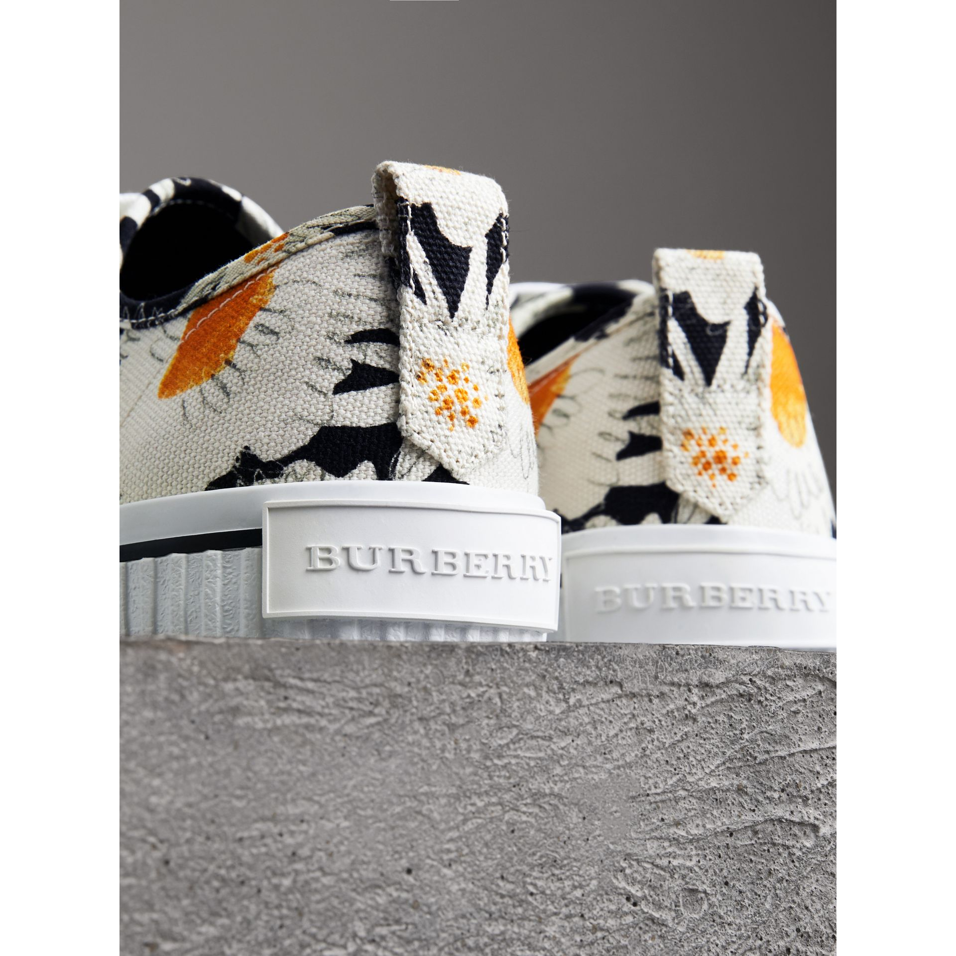 Daisy Print Cotton Canvas Sneakers in Black | Burberry Canada - gallery image 3