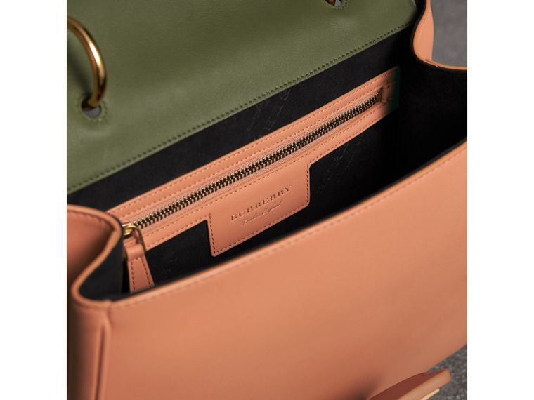 The Medium DK88 Top Handle Bag in Pale Clementine/moss Green - Women | Burberry - cell image 4