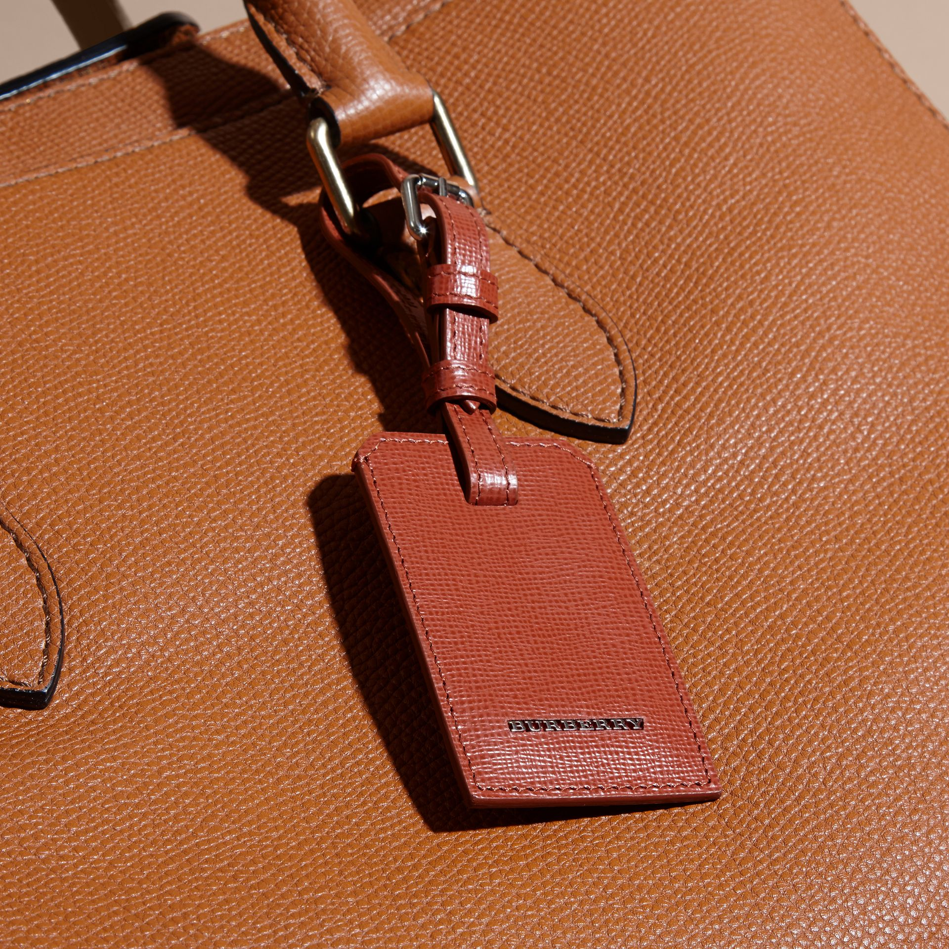 London Leather Luggage Tag Burnt Sienna - gallery image 3