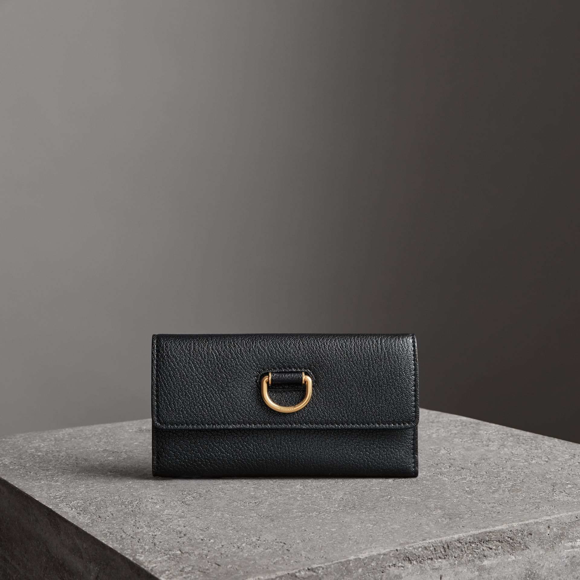 D-ring Grainy Leather Continental Wallet in Black - Women | Burberry - gallery image 0