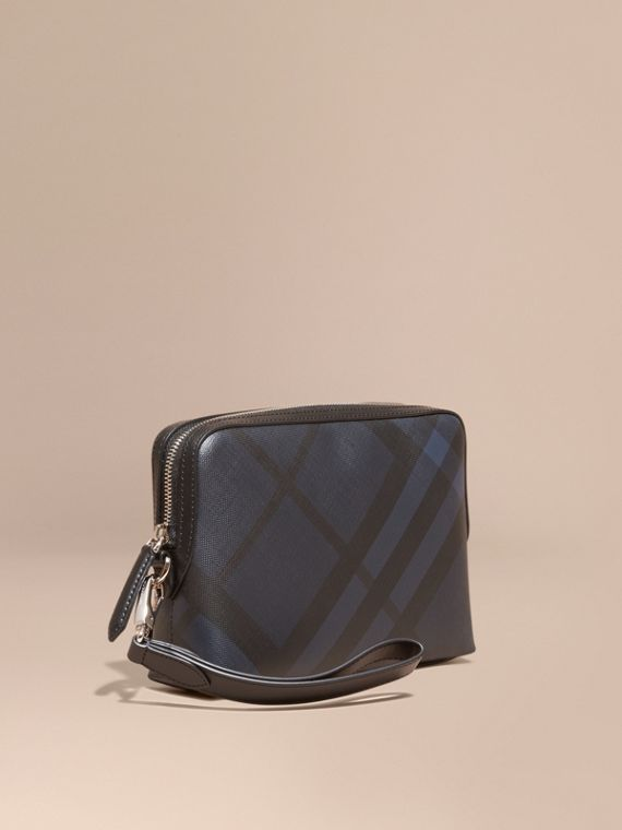 Leather-trimmed London Check Pouch Navy/black