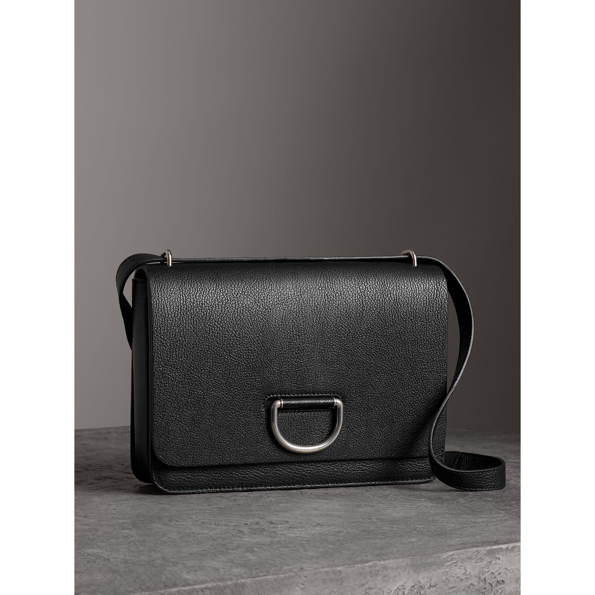 The Medium Leather D-ring Bag in Black - Women | Burberry Singapore - gallery image 6