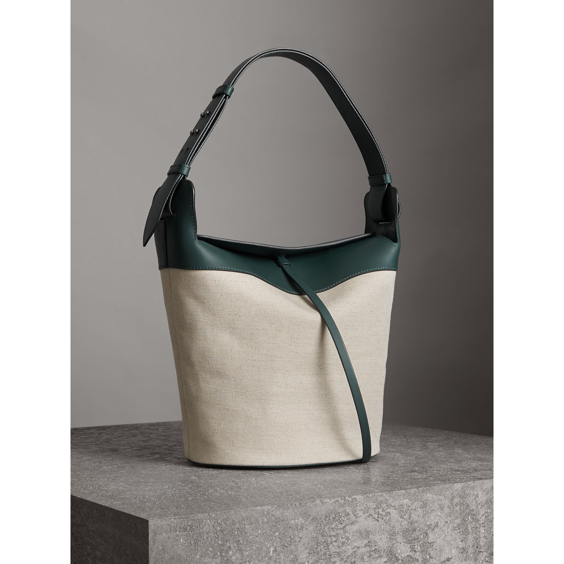 The Large Cotton Linen and Leather Bucket Bag in Dark Cyan - Women | Burberry - gallery image 6