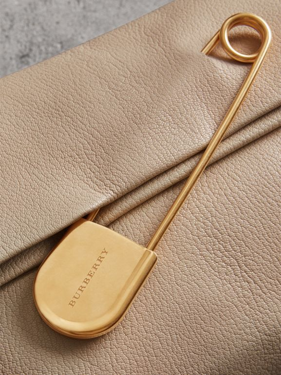 The Medium Pin Clutch in Leather in Stone - Women | Burberry Singapore - cell image 1