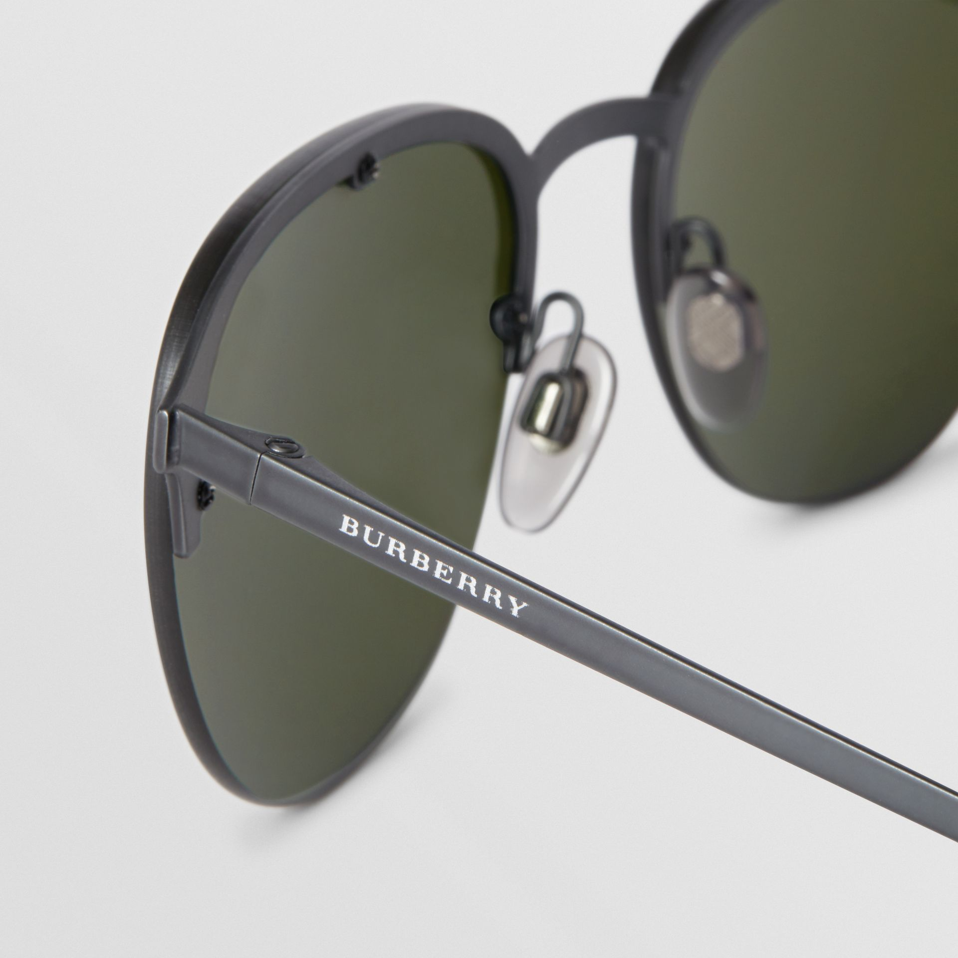 Round Frame Sunglasses in Green - Men | Burberry - gallery image 1