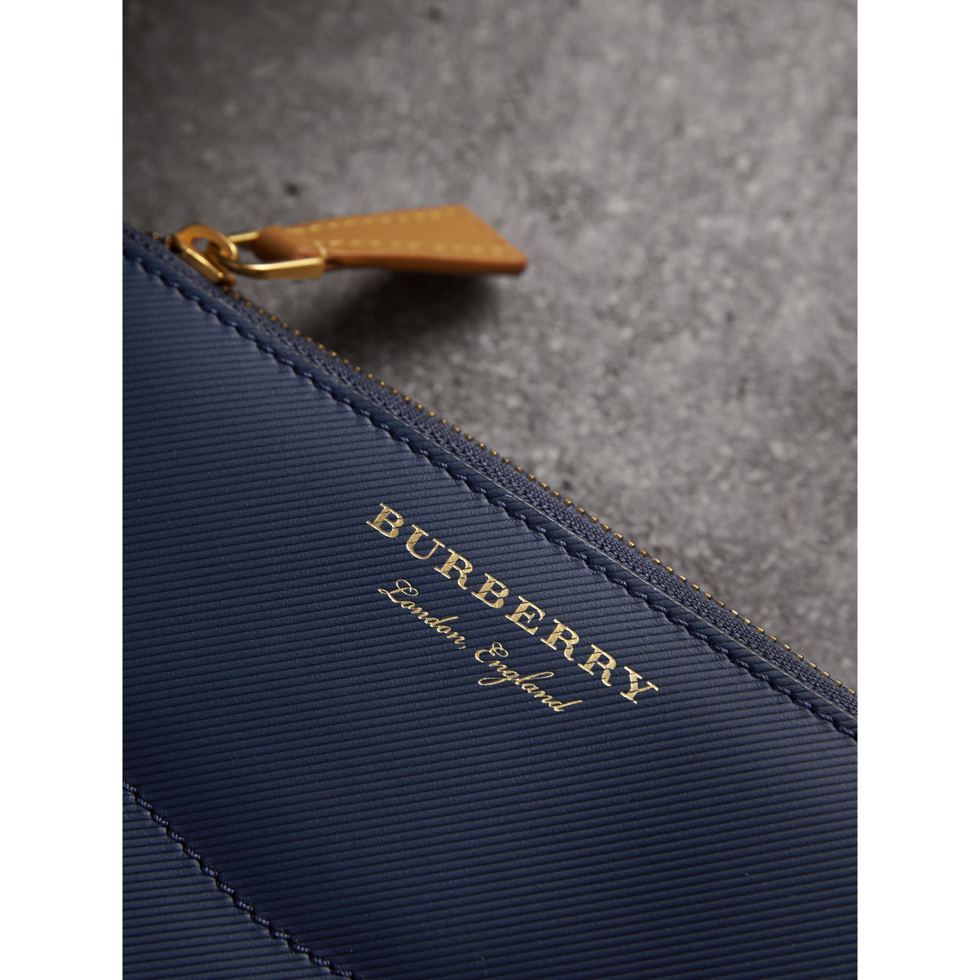 Two-tone Trench Leather Ziparound Wallet in Ink Blue/ochre Yellow - Women | Burberry - gallery image 2