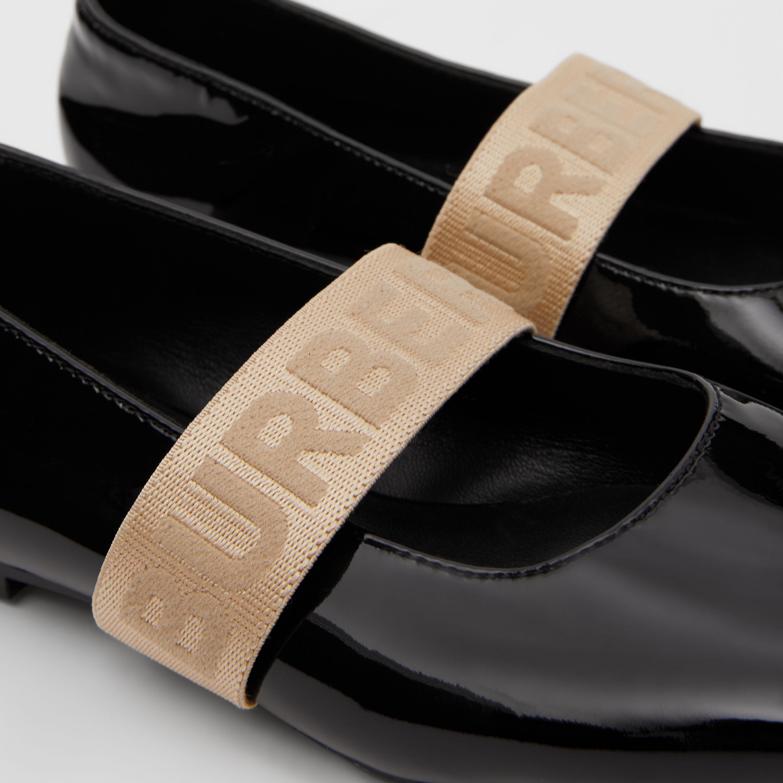 Logo Detail Patent Leather Flats in Black - Children | Burberry United Kingdom - 2