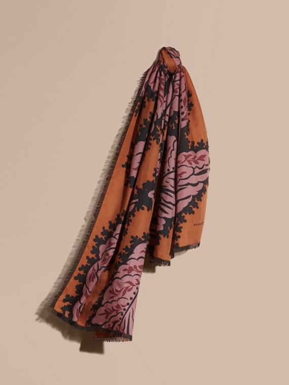 落葉印花喀什米爾圍巾 亮太妃糖色
