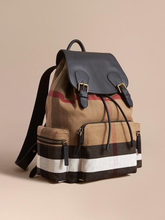 The Large Rucksack aus Canvas Check-Gewebe und Leder Classic