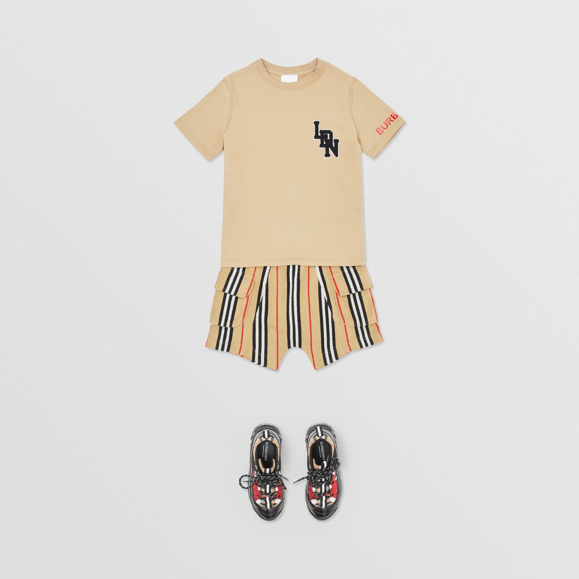 Logo Graphic Cotton T-shirt in Archive Beige | Burberry United Kingdom - gallery image 1