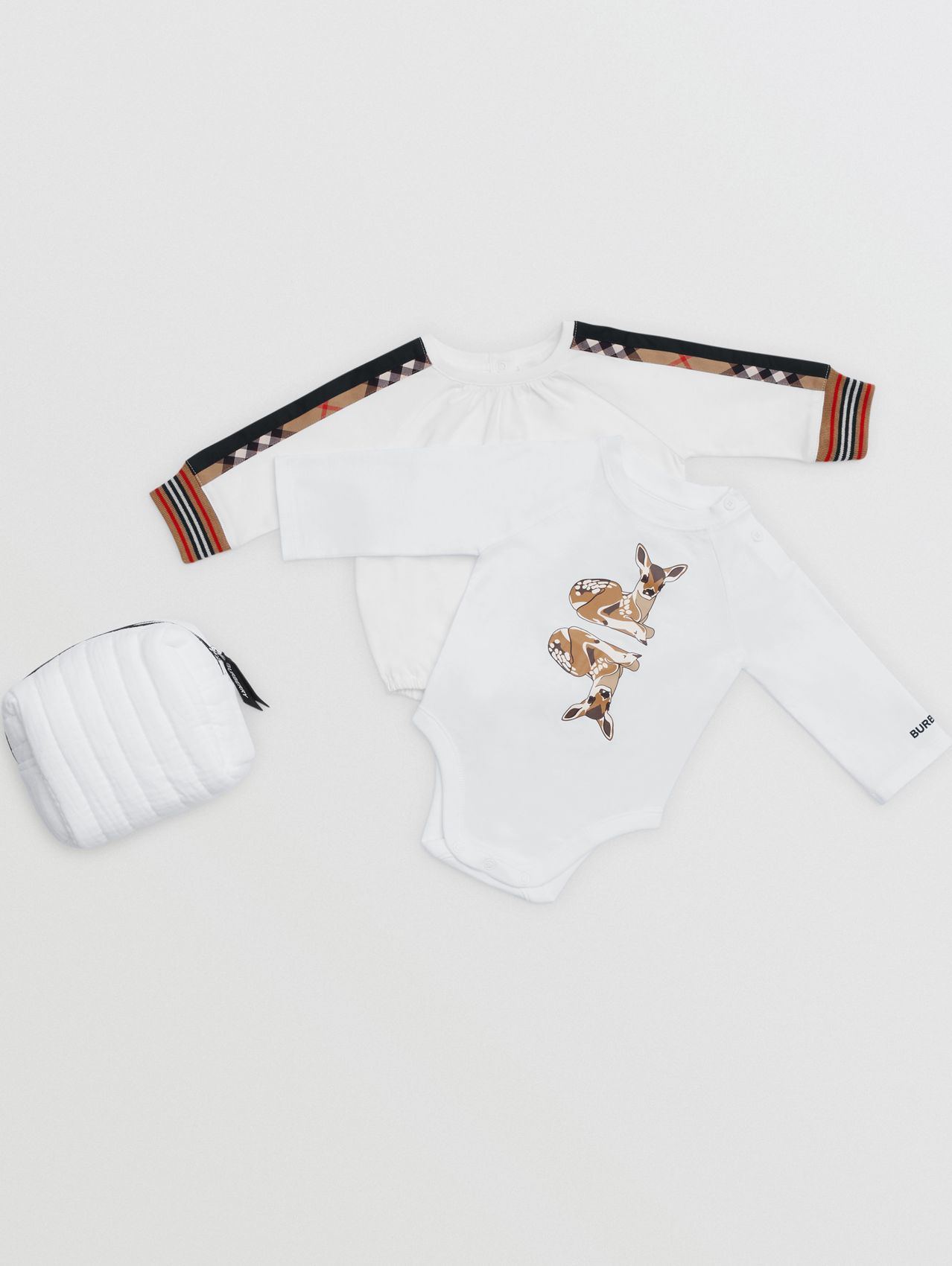 Deer Motif Organic Cotton Two-piece Baby Gift Set (White)