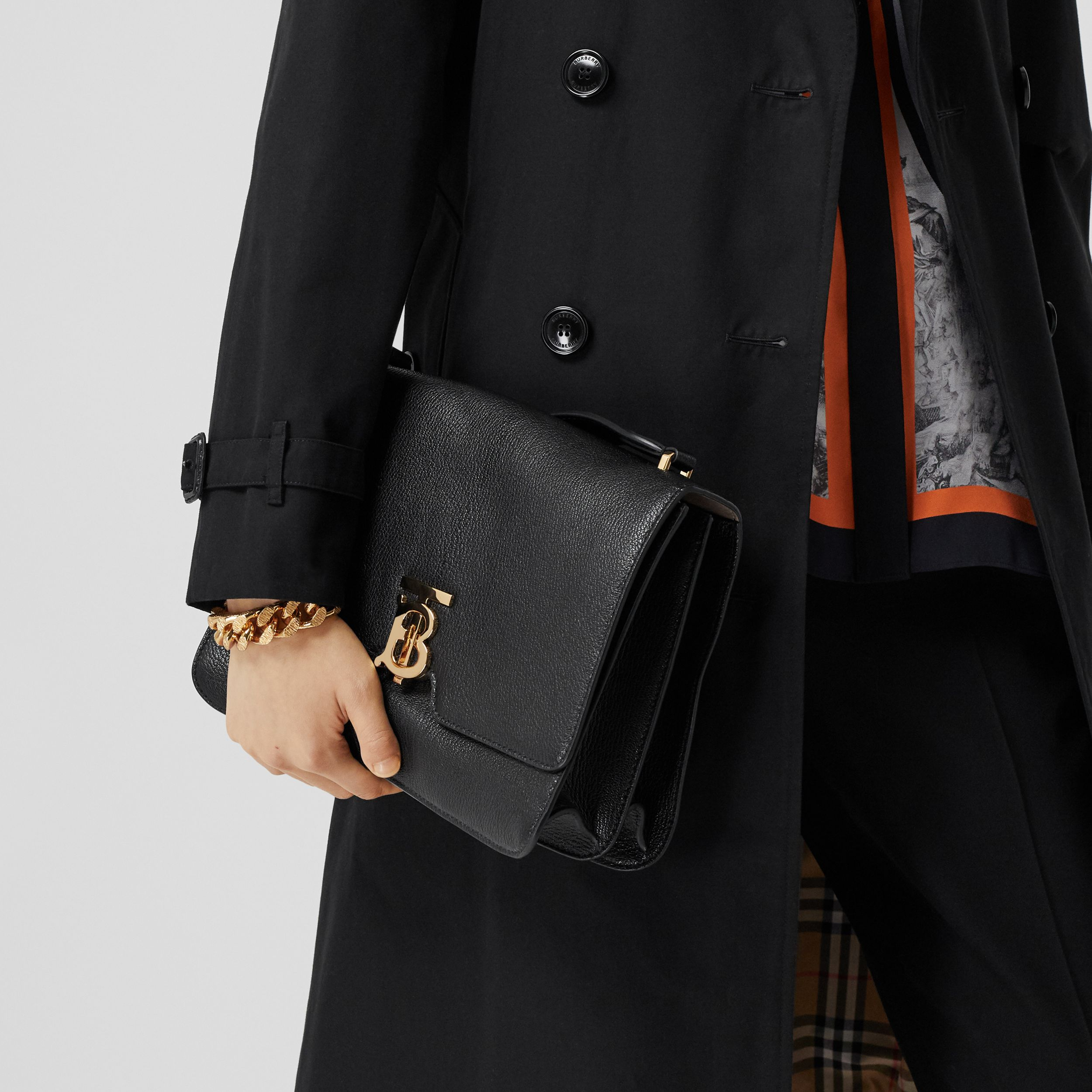 Medium Grainy Leather Alice Bag in Black - Women | Burberry Australia - 3