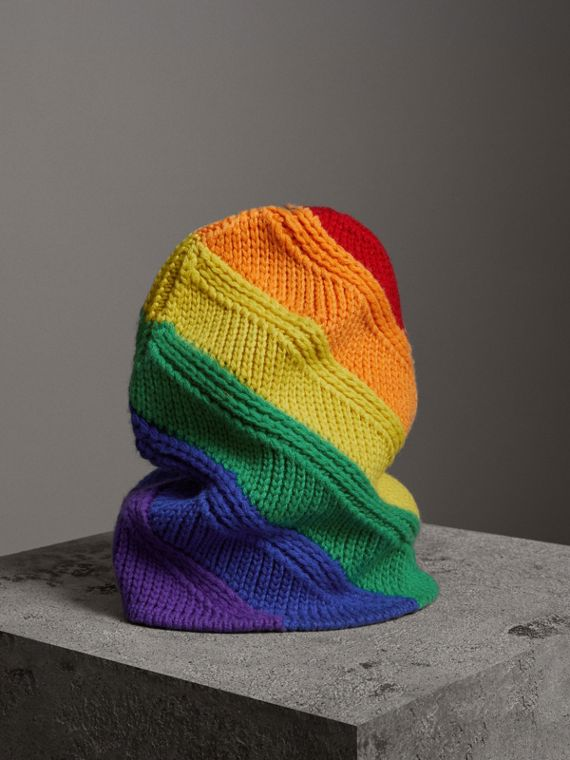 Beanie aus Wolle und Kaschmir in Regenbogenoptik