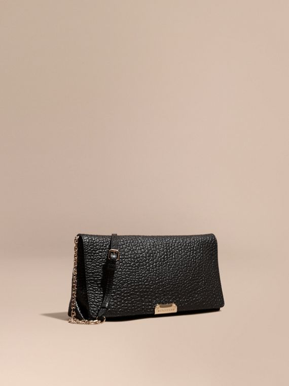 Medium Signature Grain Leather Clutch Bag Black