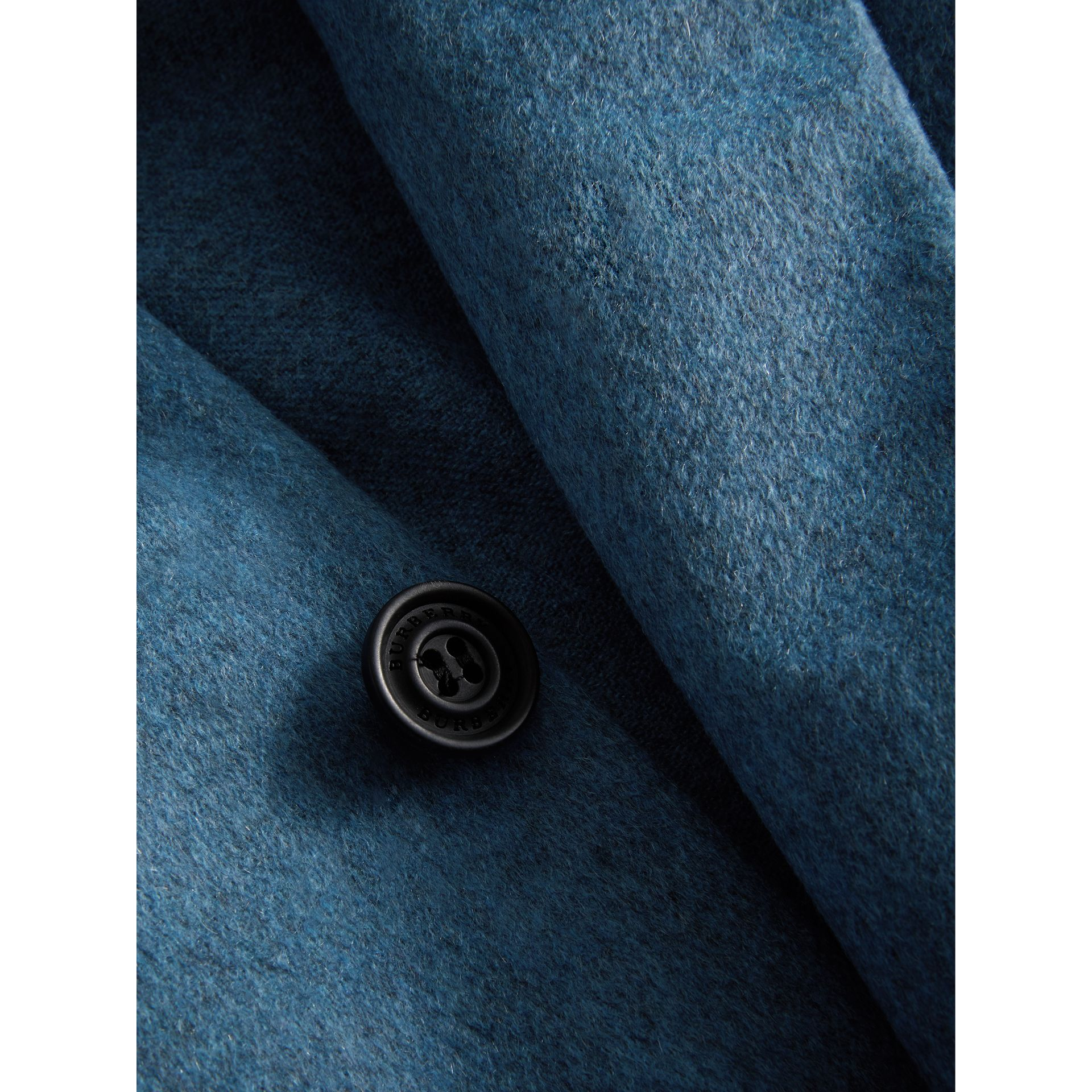 Soho Fit Lightweight Cashmere Tailored Jacket in Slate Blue Melange - Men | Burberry United Kingdom - gallery image 2