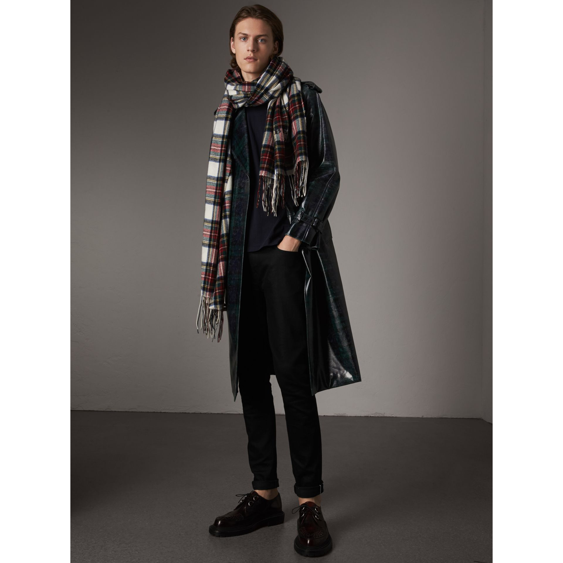 Laminated Tartan Wool Trench Coat in Navy - Men | Burberry - gallery image 6