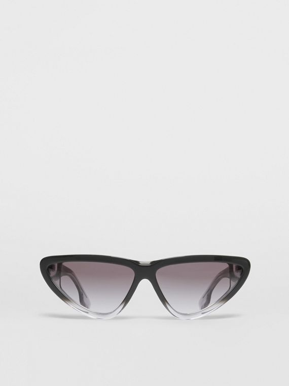 Gradient Detail Triangular Frame Sunglasses in Black