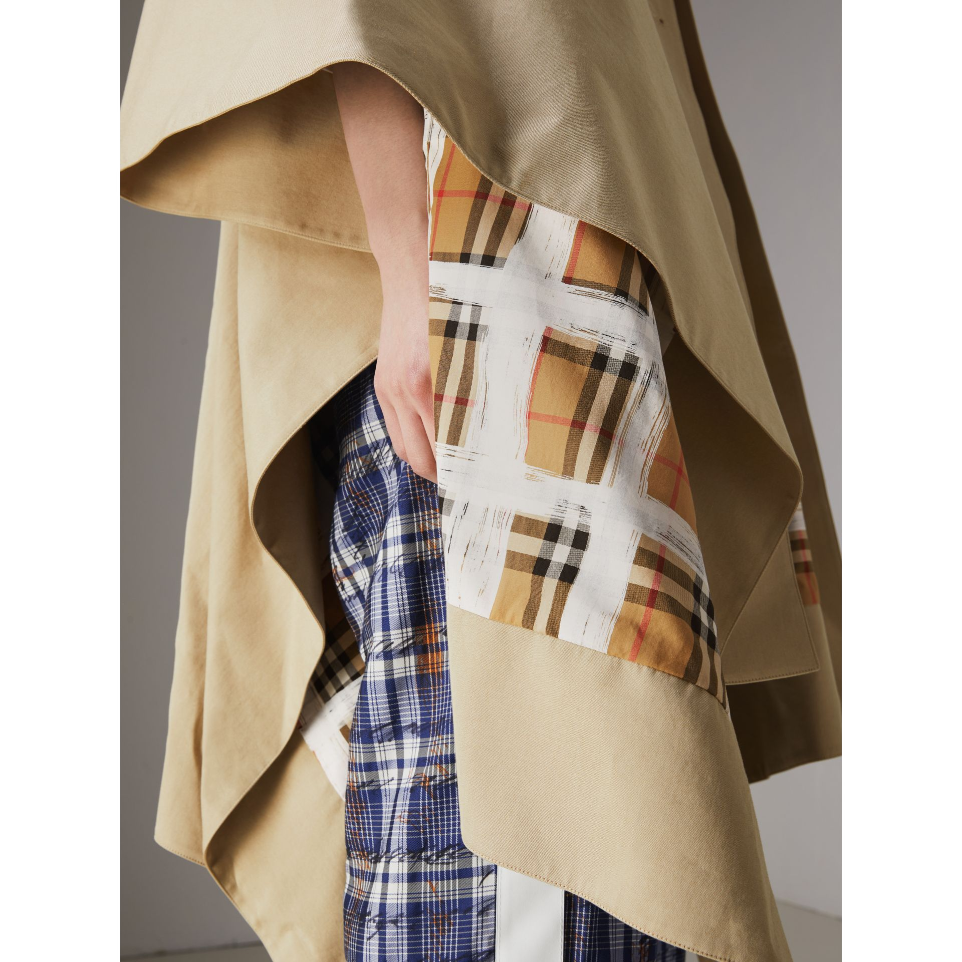 Tropical Gabardine Asymmetric Cape in Oatmeal - Women | Burberry United States - gallery image 4