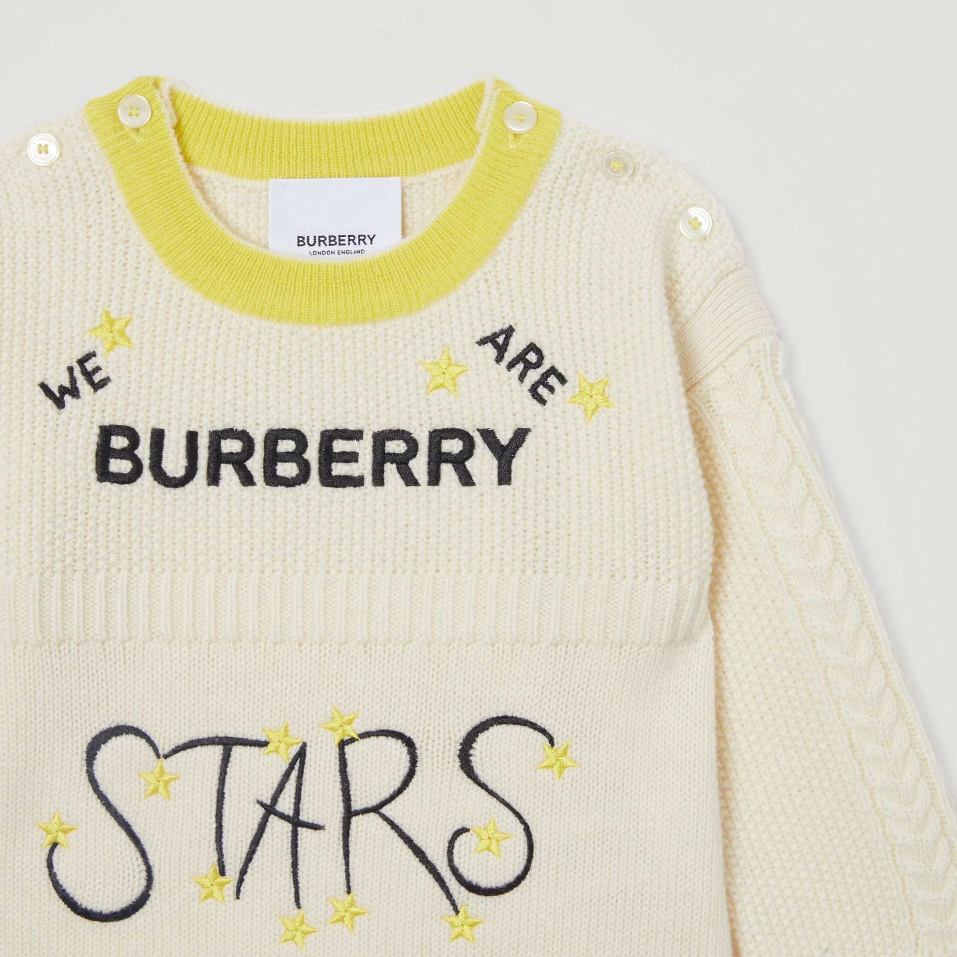Star Motif Wool Cashmere Three-piece Baby Gift Set in Ivory - Children | Burberry - gallery image 8