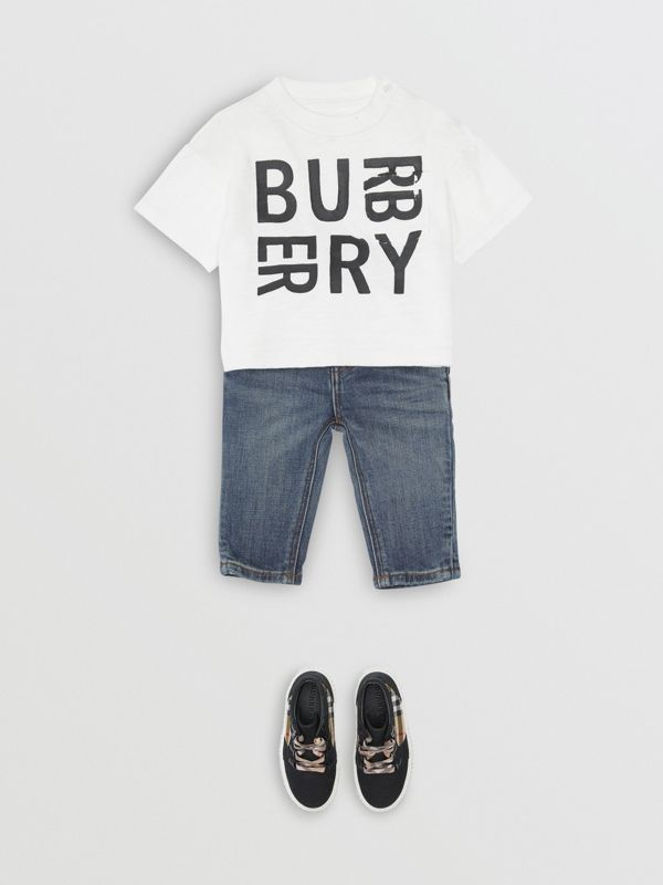 Relaxed Fit Stretch Denim Jeans in Mid Indigo - Children | Burberry - cell image 2