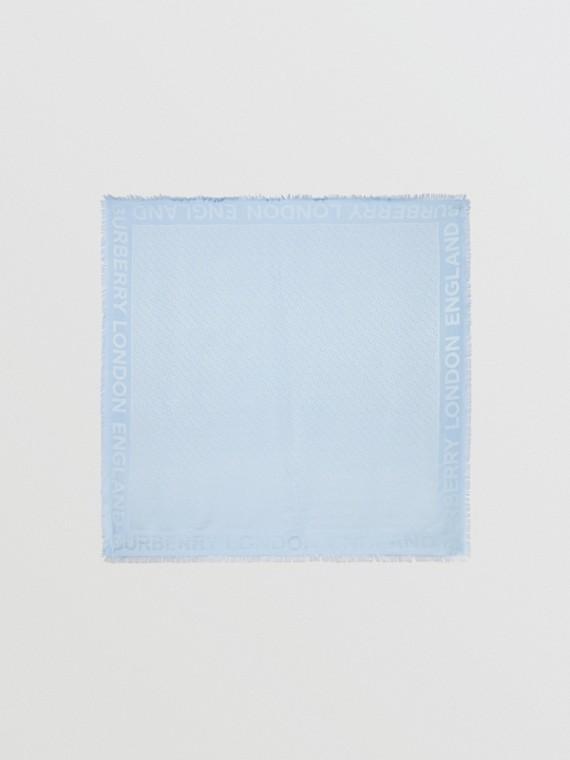Lenço grande de lã e seda em jacquard com monograma (Azul Claro)