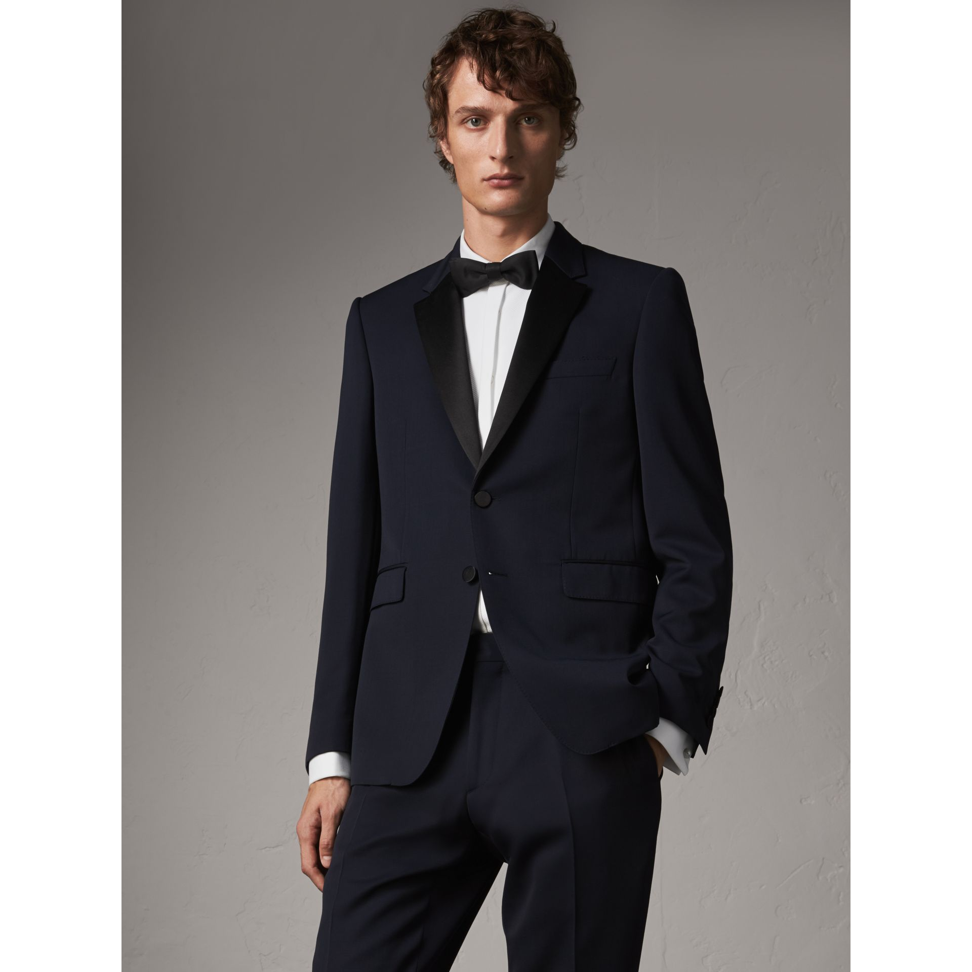Modern Fit Virgin Wool Half-canvas Tuxedo in Navy - Men | Burberry United Kingdom - gallery image 6