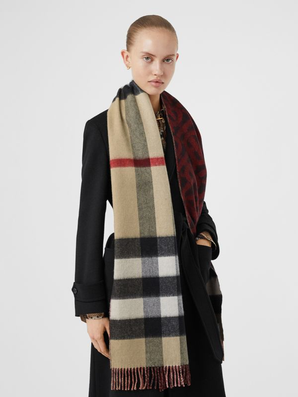 Reversible Check and Monogram Cashmere Scarf in Bright Red | Burberry - cell image 2