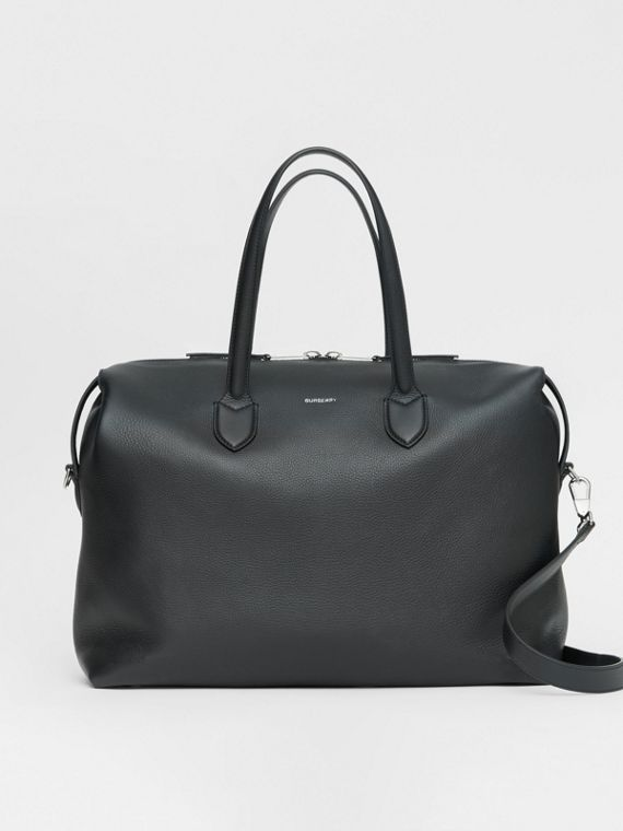 Grainy Leather Holdall in Black