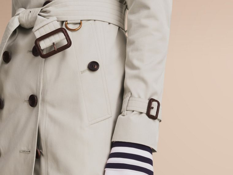 The Sandringham – Mid-Length Heritage Trench Coat in Stone - Women | Burberry - cell image 4