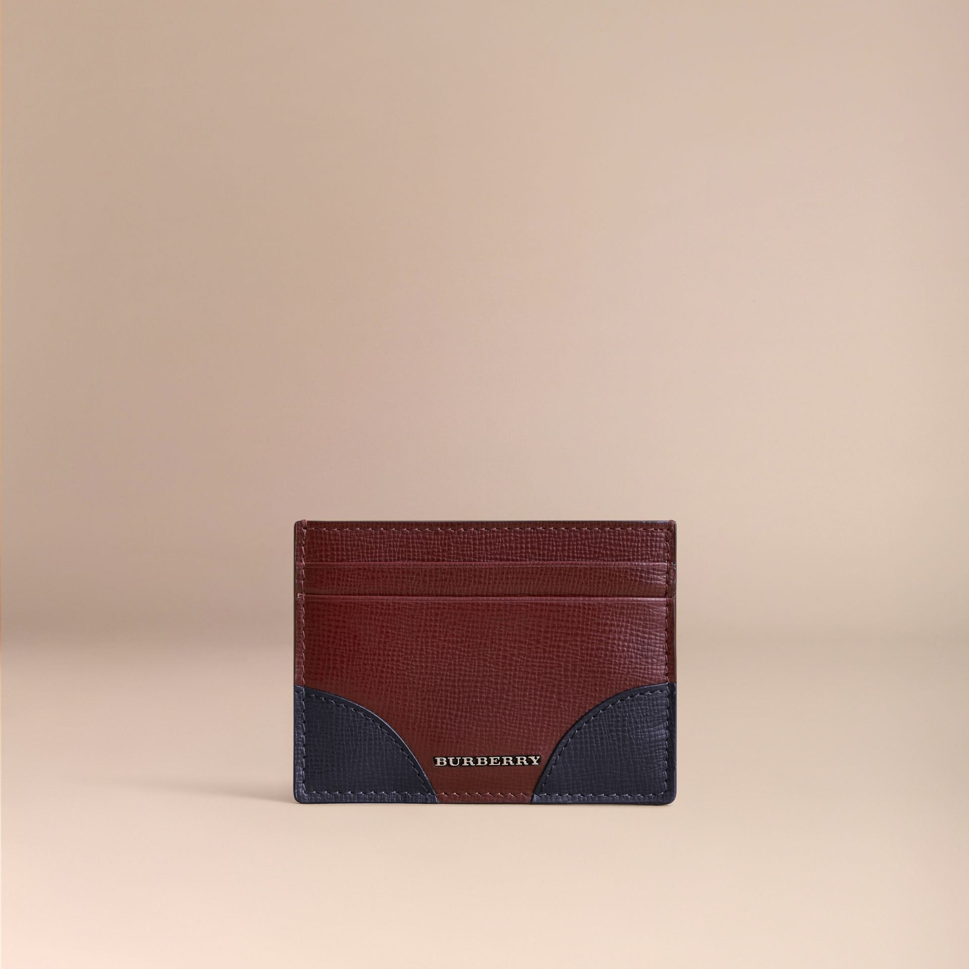 Contrast Corner London Leather Card Case in Burgundy Red - gallery image 2