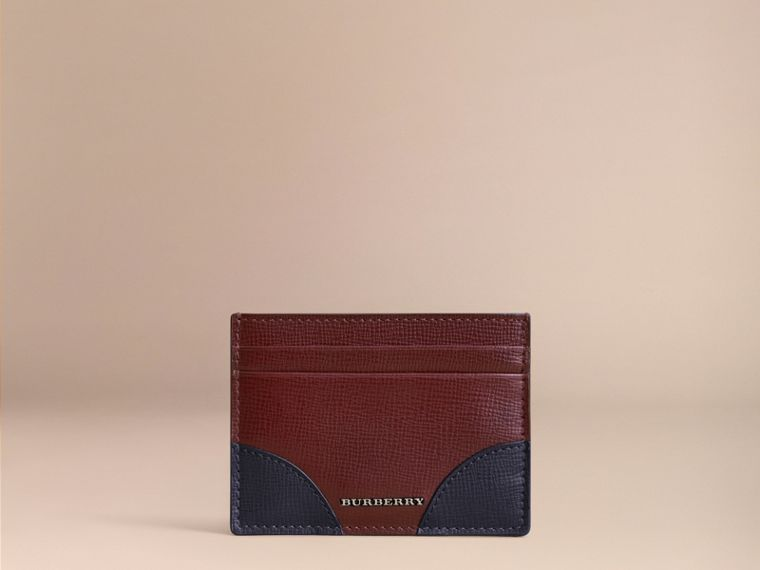 Contrast Corner London Leather Card Case in Burgundy Red - cell image 1