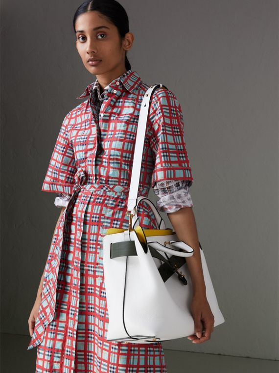 The Medium Leather Belt Bag in Chalk White - Women | Burberry Singapore - cell image 3