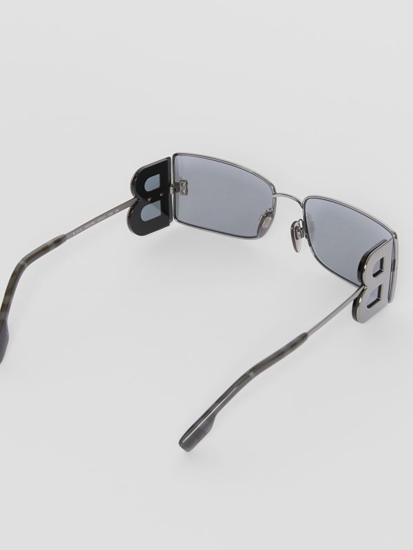 'B' Lens Detail Rectangular Frame Sunglasses in Gun Metal Grey - Women | Burberry - cell image 3