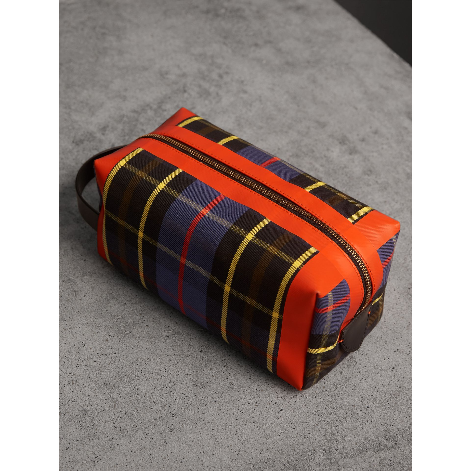 Tartan Cotton Pouch in Cobalt | Burberry United Kingdom - gallery image 4