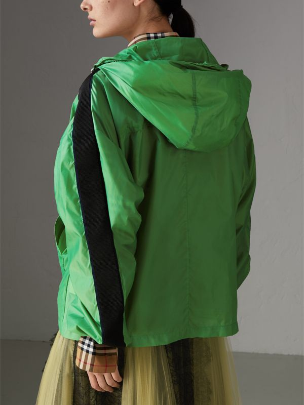Stripe Detail Showerproof Hooded Jacket in Bright Pigment Green - Women | Burberry - cell image 2