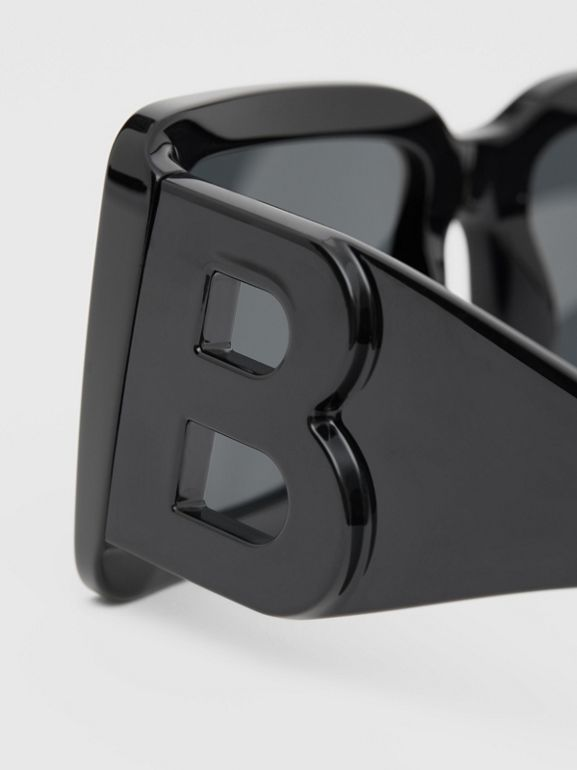 B Motif Square Frame Sunglasses in Black - Women | Burberry - cell image 1