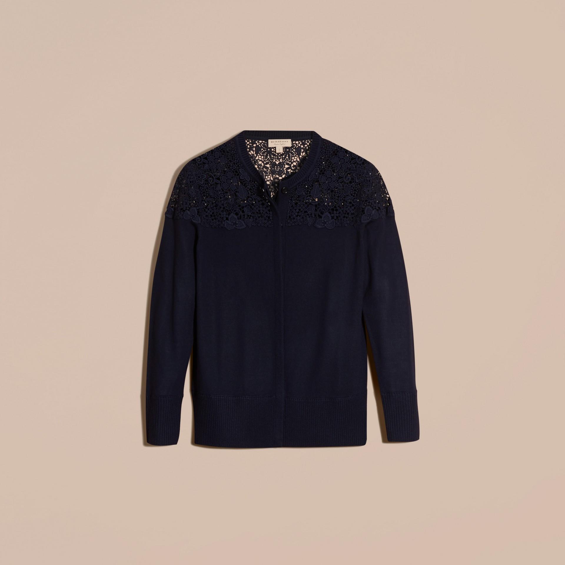 Navy Cardigan in lana Merino con sprone in pizzo Navy - immagine della galleria 4