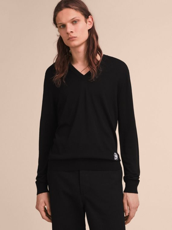 Pallas Helmet Motif Merino Wool V-neck Sweater in Black - Men | Burberry Canada