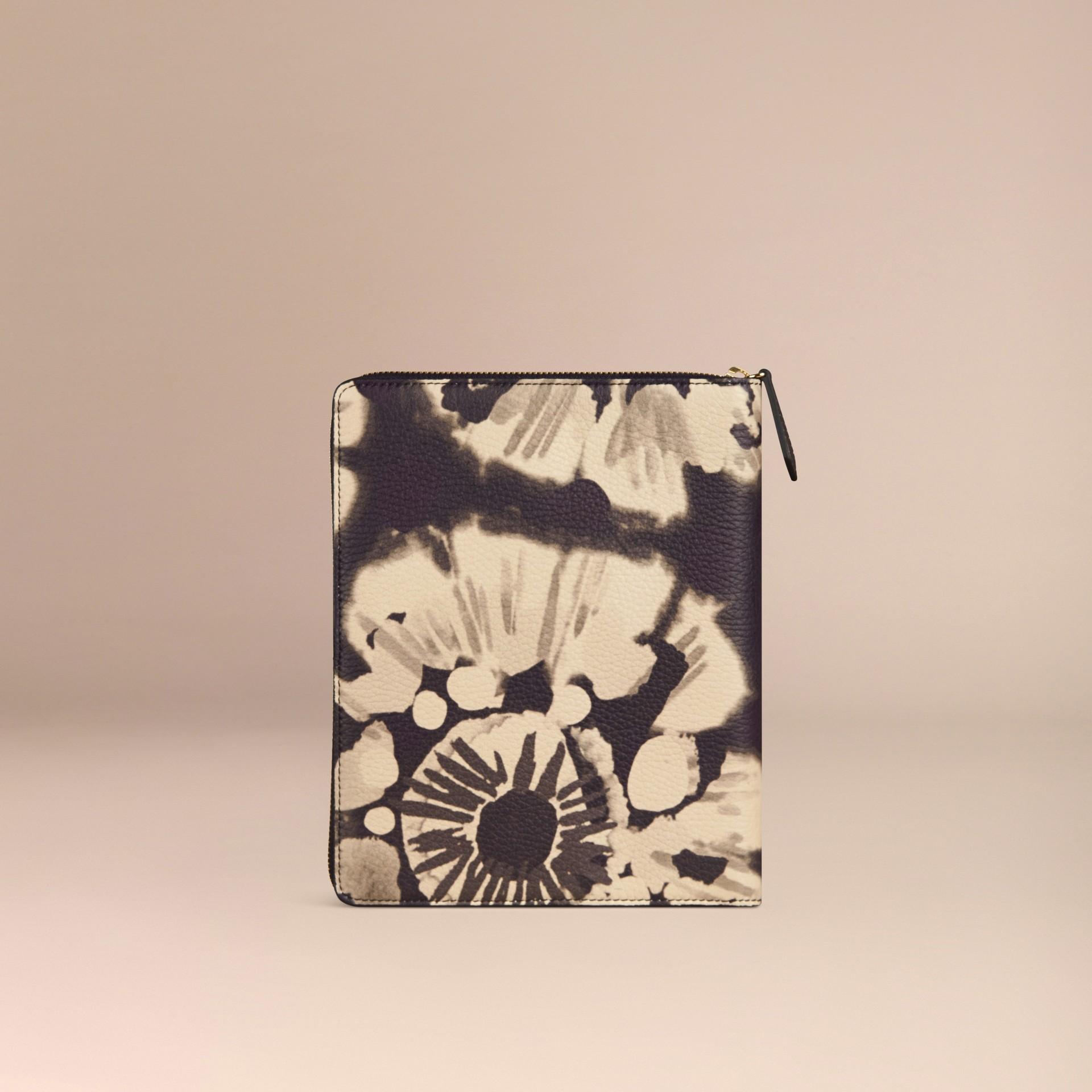 Pietra Taccuino formato A5 in pelle a grana con cerniera su tre lati e stampa tipo tintura a riserva Pietra - immagine della galleria 4