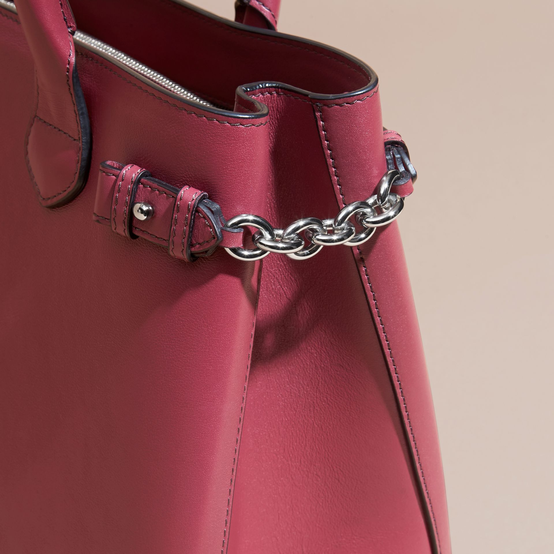 The Medium Banner in Leather with Chain Detail in Garnet Pink - gallery image 2