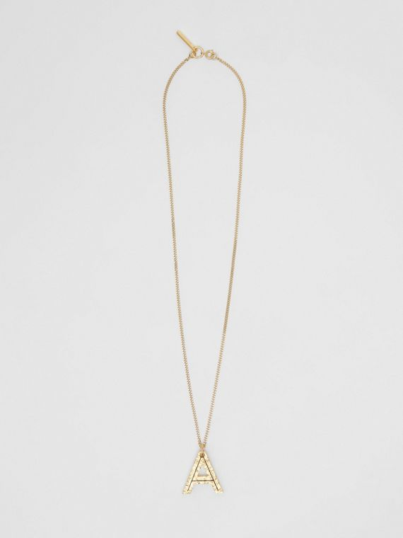 "Collar chapado en oro con dije de alfabeto - Letra""A"" (Dorado Claro)"