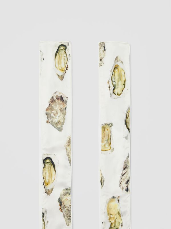 Oyster Print Silk Satin Skinny Scarf in Natural White | Burberry - cell image 3