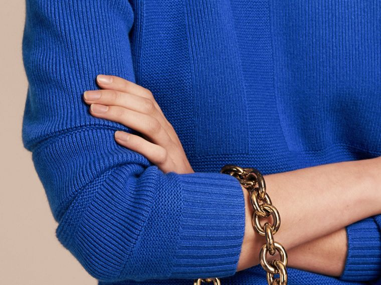 Check-knit Wool Cashmere Sweater in Sapphire Blue - cell image 4