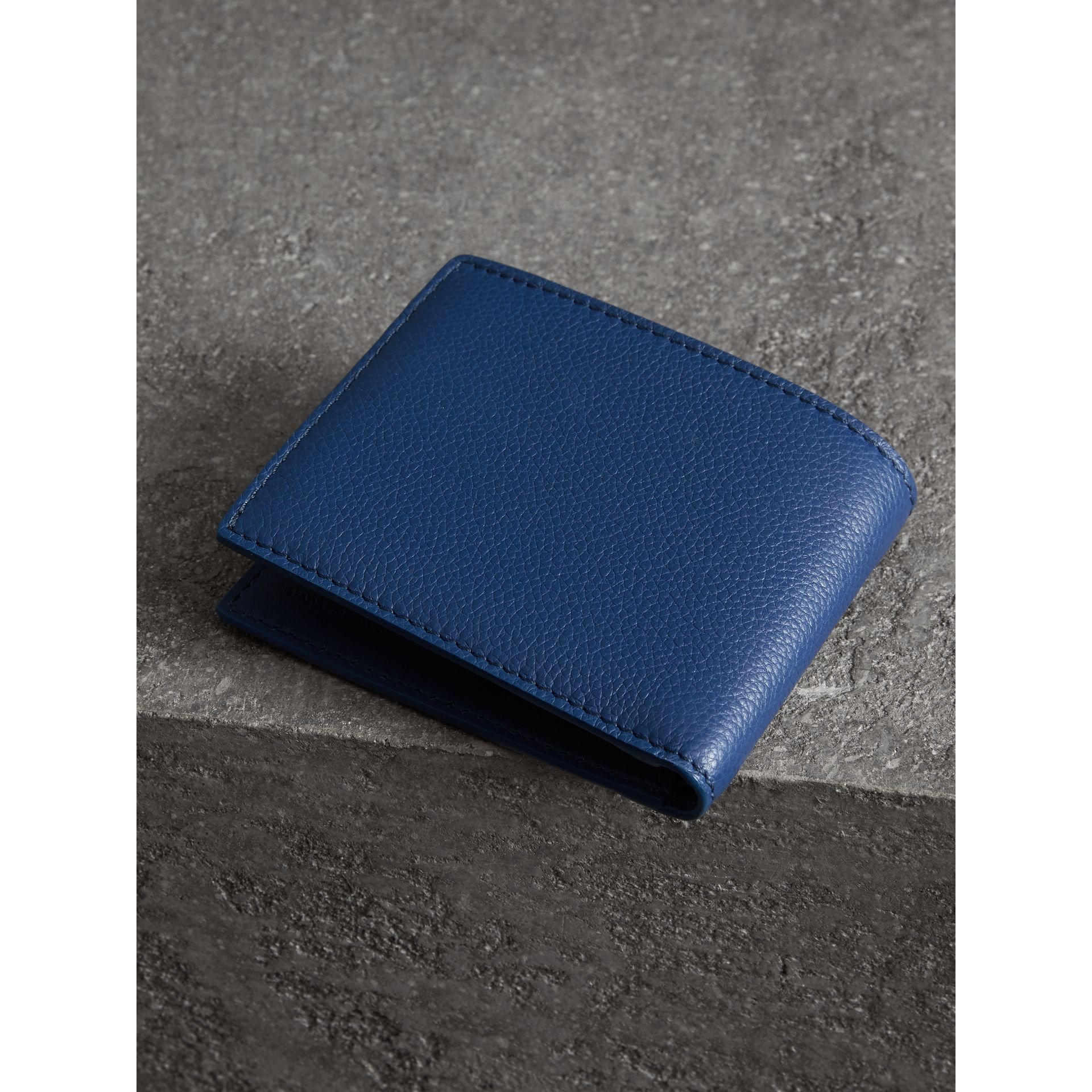 Grainy Leather Bifold Wallet in Bright Ultramarine - Men | Burberry United States - gallery image 2