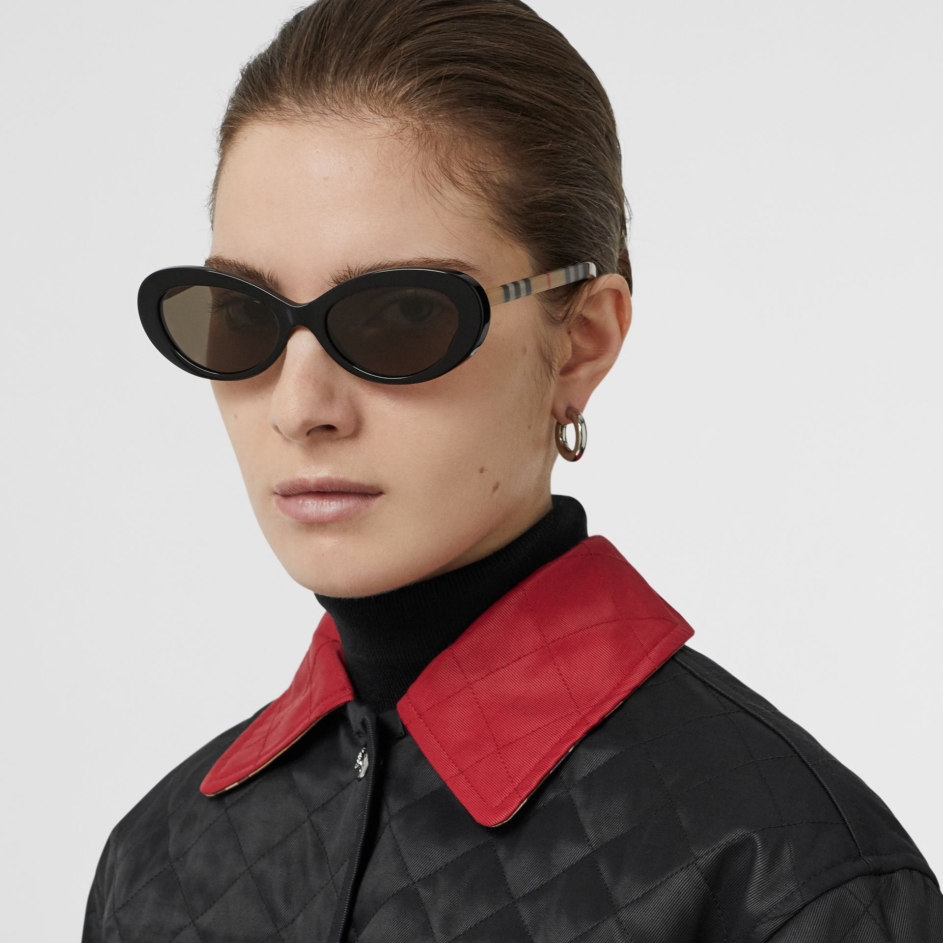 Vintage Check Detail Cat-eye Frame Sunglasses in Black - Women | Burberry Singapore - gallery image 2